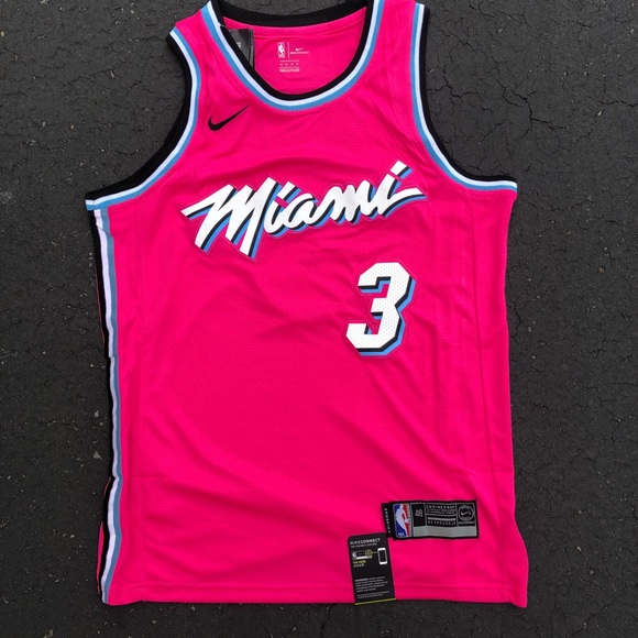 separation shoes 3ecb7 8b21a Dwayne Wade Jersey Miami Heat Vice City Brand New Boutique